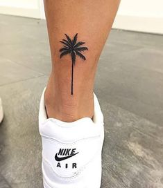 Small Palm Tree Tattoo Ankle Design 30 Super Ideas - My list of the most creative tattoo models Pretty Tattoos, Cute Tattoos, Leg Tattoos, Beautiful Tattoos, Tattoos For Guys, Tattos, Awesome Tattoos, Ankle Tattoos For Women, Small Ankle Tattoos