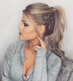 There are many choices of ponytail hairstyles that can be tried to enhance your appearance. From cute ponytails to high or low ponytail hairstyles, they can look messy, elegant and smooth. Cute Ponytail Hairstyles, Formal Hairstyles For Long Hair, Ponytail Updo, Cute Ponytails, Prom Hair Updo, Messy Updo, Braided Hairstyles, Long Hair Styles, Ponytail Ideas