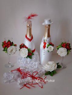 Татьяна Папкова (УКРАШЕНИЯ ДЛЯ ВОЛОС) - Фото | OK.RU Wedding Wine Glasses, Wedding Wine Bottles, Wedding Flutes, Champagne Bottles, Glitter Wine Bottles, Wrapped Wine Bottles, Fall Crafts, Diy And Crafts, Wine Bottle Covers