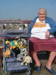 Lady Lee & friends  Eastbourne 01/100 by Scarycrow, via Flickr