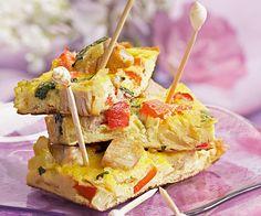 #Tortillas au #thon et #poivrons, un apéritif signé Cyril Lignac Snack Recipes, Snacks, Hors D'oeuvres, Omelette, Soup And Salad, Bon Appetit, Entrees, Potato Salad, Tapas