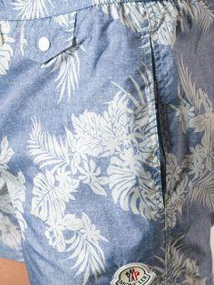 MONCLER - print swim shorts in blue #moncler #monclerformen #monclerswimshorts #jofré