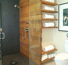 Badezimmer-Regale-wandgestaltung-holz-glas-trennwand-duschkabine …