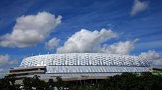 Arena Pernambuco-Recife, uma cidade entusiasta do futebol, que abriga três clubes tradicionalíssimos em cenário nacional como Náutico, Santa Cruz e Sport e já sediou uma partida da Copa do Mundo da FIFA Brasil 1950 (Chile 5 x 2 EUA, na Ilha do Retiro), ganha um novo estádio, que receberá cinco partidas do Brasil 2014. Jamilcredi Consignados na torcida!
