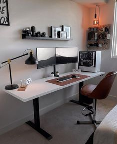 Computer Desk Setup, Pc Desk, Workspace Desk, Home Office Setup, Home Office Desks, Office Interior Design, Office Interiors, Minimal Desk, Bedroom Setup