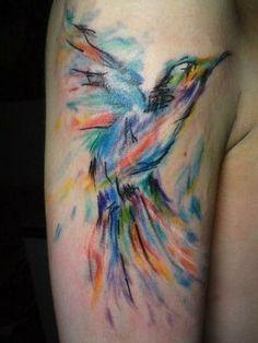 tatuajes a color en el brazo pajaro