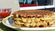Vafler Apple Pie, Pancakes, Siri, Baking, Desserts, Food, Bread Making, Meal, Crepes