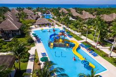 Mexico offers several all-inclusive resorts with water parks, which means fun for the whole family! From Cancun to Cabo, these are the best all-inclusive Mexico resorts with water parks. Cancun Resorts, Mexico Resorts, All Inclusive Resorts, All Inclusive Mexico, Parc A Theme, Hotel Floor Plan, Water Playground, Caribbean Resort, Cozumel Mexico