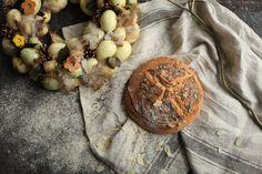 Bezlepkový mazanec z kvásku. Z prirodzene bezlepkových múk. Muffin, Cookies, Chocolate, Breakfast, Desserts, Food, Basket, Crack Crackers, Morning Coffee