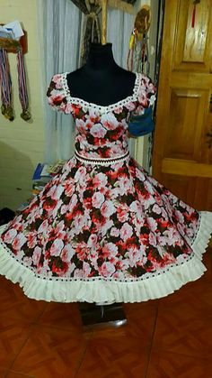 Little Girl Dresses, Girls Dresses, Summer Dresses, Square Skirt, Clogs Outfit, Dance Dresses, Fashion Outfits, Womens Fashion, Casual Dresses