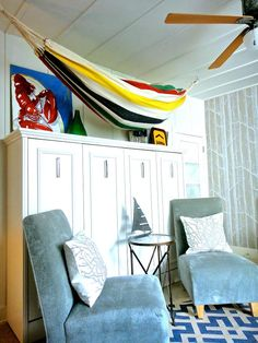 The sideways Athena Wall Bed looks fun & beachy in Karl Lohnes' boathouse inspired room #WallBed #DesignerStyle  http://www.techcraftstyle.ca/