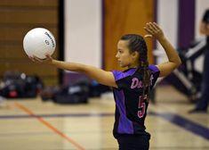 Volleyball Serving Drills, Volleyball Drills For Beginners, Volleyball Cheers, Volleyball Team Gifts, Volleyball Skills, Volleyball Practice, Volleyball Setter, Volleyball Training, Volleyball Workouts