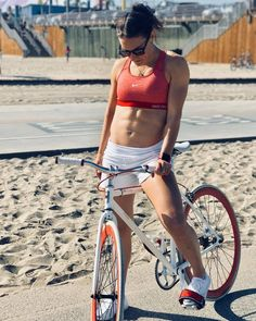 Bicycles and girls Women's Cycling, Cycling Girls, Cycling Outfit, Bike Wear, Bicycle Girl, Sport Girl, Spicy, Peyton Roi, Thundercats