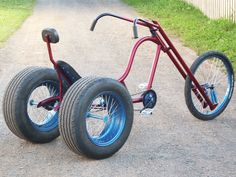 Amazing 3 Wheelers - - Build your own chopper, no experience is needed. Trike Bicycle, Motorcycle Bike, Tricycle Bike, Velo Design, Bicycle Design, Cool Bicycles, Cool Bikes, Bici Retro, Custom Trikes