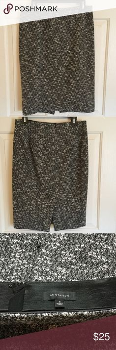 Ann Taylor skirt Salt-n-pepper colored skirt. Worn once. No rips or tears. Perfect skirt to wear with boots and a sweater to work. Skirt falls just below the knee. Ann Taylor Skirts Midi