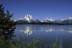 Grand Teton National Park Head back into Grand Teton National Park and to the Laurance S. Rockefeller Preserve. Enjoy a hike in a glacially carved valley to Phelps Lake, framed dramatically by the towering Tetons. Later, visit the National Museum of Wildlife Art, or explore Jackson's quaint streets. Then gather for a farewell dinner at one of Jackson's fine restaurants.