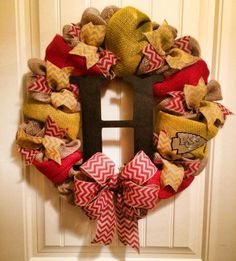 Kansas City Chiefs Burlap Wreath!  2 Friends created this KC Chiefs Burlap wreath and added the fans initial to make it more personal.  This was a great gift for a great fan.  $60  www.facebook.com/2friendswreaths