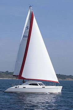 Broadblue Voyager 385, 4 cabins, 8+2 berths. Available for charter in Greece and Turkey.