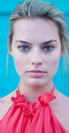 Margot Elise Robbie is an Australian actress and film producer. Atriz Margot Robbie, Margot Elise Robbie, Margo Robbie, Actress Margot Robbie, Margot Robbie Harley Quinn, Girl Face, Woman Face, Margot Robbie Pictures, Kings & Queens