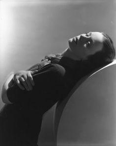 Jessica Tandy  1939 Horst P. Horst