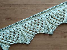 Lace Knitting Patterns, Knitting Designs, Knitting Stitches, Stitch Patterns, Crochet Scarves, Knit Crochet, Cross Stitch Christmas Ornaments, Knitting Videos, Tutorial
