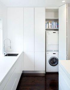 Armarios que esconden oficinas, camas, cuartos de lavadoras y mucho más. ¿Tenéis un rincón oculto en casa?