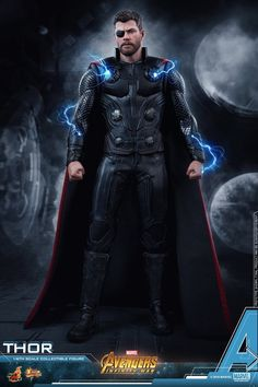 Newly developed head sculpt with authentic and detailed likeness of Chris Hemsworth as Avengers: Infinity War. The war between Avengers and villainous Thanos will finally hit the silver screen this upcoming May in Avengers: Infinity War. Marvel Avengers Comics, New Avengers, Marvel Heroes, Marvel Dc, Dc Comics, Art Clipart, Image Clipart, Thor 1, Loki