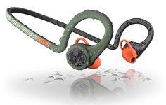 Great High-Tech Headphones for Running Best In Ear Headphones, Wireless Headphones With Mic, Wireless Headphones For Running, Sports Headphones, Bluetooth, Best Running Shorts, Running Gear, Running Friends, Man Gear
