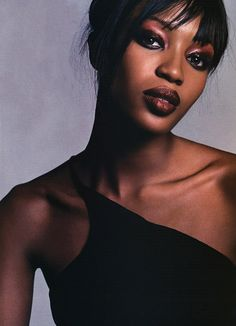 """""""Spring Zing"""" Naomi Campbell photographed by Michael Thompson for Allure US May 2001 Styling: Paul Cavaco Hair: Sebastien Richard Makeup: Linda Cantello Michael Thompson, English Fashion, Naomi Campbell, Celebs, Celebrities, Model Photos, Gorgeous Women, Stuff To Do, Editorial Fashion"""