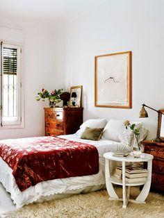 A home in Spain: Bohemian bedroom
