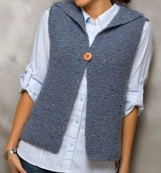 Ravelry: Deb pattern by Andra Knight-Bowman from Seamless (or nearly seamless) K… Ravelry: Deb-Muster von Andra Knight-Bowman aus Seamless (oder fast Seamless) Knits Crochet Vest Pattern, Sweater Knitting Patterns, Knitting Designs, Knit Crochet, Easy Knit Hat, Knitting Accessories, Garter Stitch, Vests, Knit Shrug