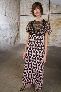 Giamba Spring 2018 Ready-to-Wear Collection Photos - Vogue