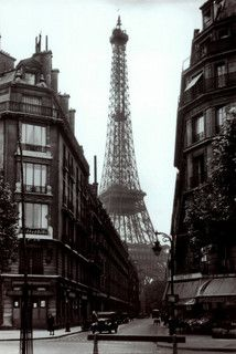 Paris Street Scene 1925 by nikon101, via Flickr