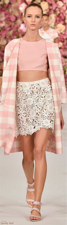 love this coat - might try to sew a version to wear with white pants and pink top for summer nights. Oscar de la Renta Spring 2015