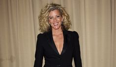 General Hospital's Laura Wright divorces husband image