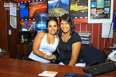 Eillen Alegría y Jessica Ocampo de la Agencia Perú Travel & Tours de Miraflores, excelentes profesionales de esta excelente agencia que tiene 8 años de servicios, ofreciendo paquetes, tours, nacionales, internacionales, cruceros.
