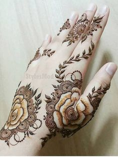 Mehndi Design Offline is an app which will give you more than 300 mehndi designs. - Mehndi Designs and Styles - Henna Designs Hand Rose Mehndi Designs, Indian Henna Designs, Latest Henna Designs, Back Hand Mehndi Designs, Legs Mehndi Design, Henna Art Designs, Stylish Mehndi Designs, Mehndi Designs For Girls, Mehndi Style