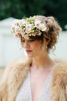 Curious and Quirky Meets Glamorous and Elegant Wedding Day Style - couple photoshoot wedding style Flower Crown Wedding, Bridal Flowers, Flowers In Hair, Wedding Crowns, Pink Flowers, Wedding Blog, Wedding Styles, Dream Wedding, Wedding Day