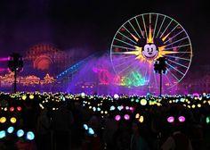 Disney Parks Weigh Pricing Based on Peak, Off-Peak Demand