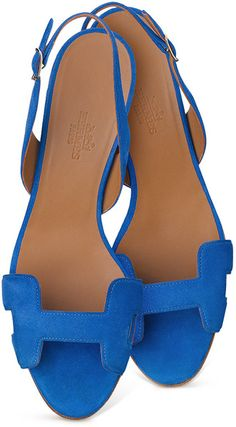 Truffol.com | Never knew Hermes made such lovely sandals. #Hermes #class #vacation #style #jetsetter