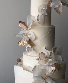 Beautiful Wedding Cakes, Beautiful Cakes, Amazing Cakes, Wedding Desserts, Wedding Decorations, Cake Trends, Wedding Cake Inspiration, Wedding Cake Designs, Pretty Cakes