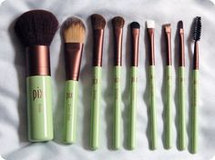 Pixi Makeup Brush Collection: The Brushes