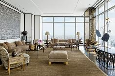 A fixture of the fashion jet set for decades, former Valentino chairman, Giancarlo Giammetti shares his sublime New York penthouse