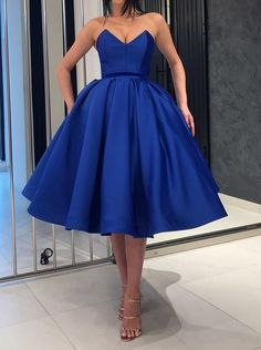 Simple Cute sweetheart neck satin short prom dress, homecoming dress, Shop plus-sized prom dresses for curvy figures and plus-size party dresses. Ball gowns for prom in plus sizes and short plus-sized prom dresses for Prom Dresses With Pockets, Dresses Short, Formal Dresses, Mini Dresses, Simple Dresses, Cheap Dresses, Ball Gowns Prom, Party Gowns, Royal Blue Homecoming Dresses