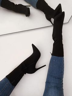 Shop Official Bee: The Latest Shoe Trends - FootWear Sock Shoes, Cute Shoes, Fashion Heels, Fashion Outfits, Fashion Fashion, Runway Fashion, Fashion Trends, Heeled Boots, Bootie Boots