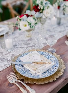 Spring navy and gold wedding table decor: http://www.stylemepretty.com/california-weddings/santa-rosa/2017/04/04/spring-red-blue-wedding/ Photography: Lori Paladino - https://loriphoto.com/