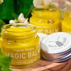 Det här magicbalmet är en bomb av verksamma ekologiska ämnen, och förutom till förkylningsnäsan är det utmärkt till eksem, blöjutslag och torra fläckar!