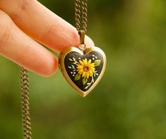 Sunflower necklace with 2 photo inside Personalized necklace Birthday gift for mom Daughter gift for mother necklace Sympathy heart locket