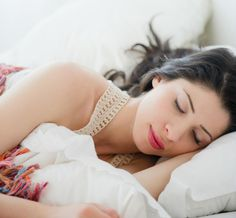 How to Sleep Better for Your Skin