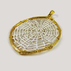 Spiderweb pendant.  www.inspiredantiquity.blogspot.com